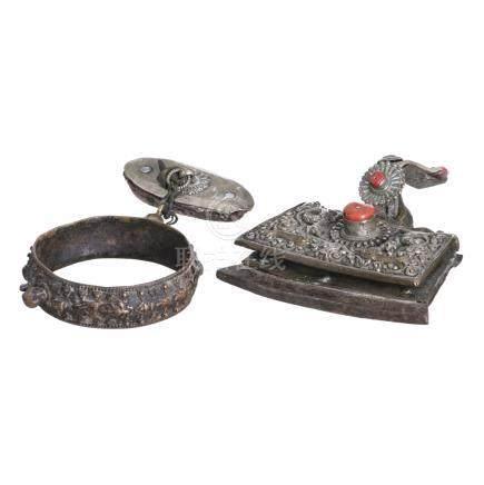 Tibetan buckle, bracelet and adornment
