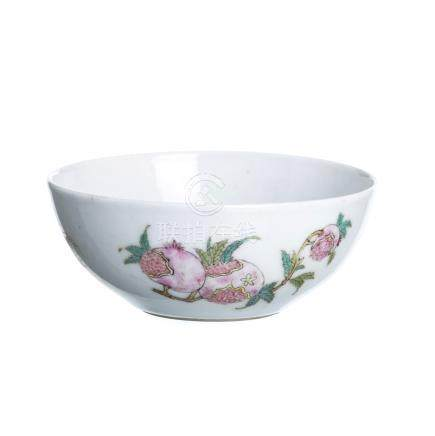 Small bowl 'fruits' in Chinese porcelain, Daoguang
