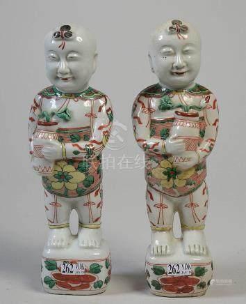 """""""Les frères ohoh"""" en porcelaine polychrome de Chin"""