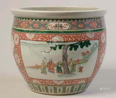 """Cache-pot en porcelaine polychrome de Chine dite """""""