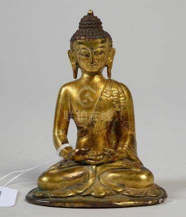 """""""Bouddha assis"""" en laiton doré au décor incisé à l"""