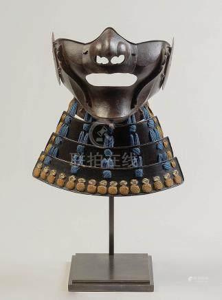 """Mempo"" masque de samouraï en fer naturel de style"