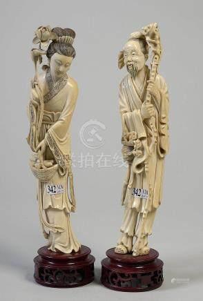 """""""Guanyin"""" et """"Vieux sage"""" en ivoire sculpté. Trava"""
