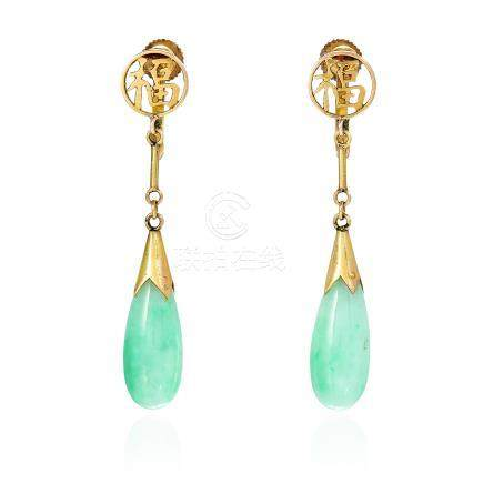 A PAIR OF CHINESE JADEITE JADE DROP EARRINGS in yellow gold, each designed as a polished tapering