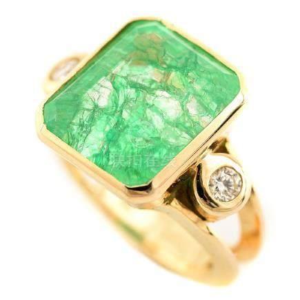 Quench Crackled Quartz, Diamond, 14k Yellow Gold Ring.