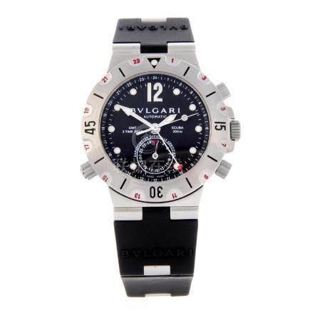 BULGARI - a gentleman's Diagono Scuba GMT wrist watch.