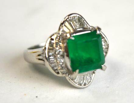 Square Cut Emerald Ring with Diamond