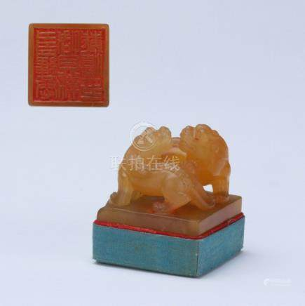 A nice carved Shoushan stone seal