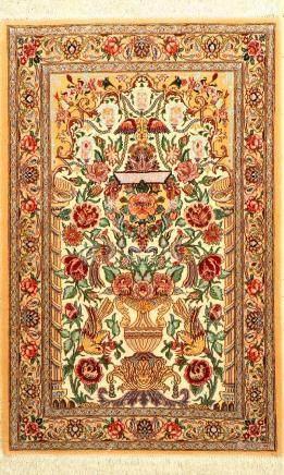 Fine Isfahan Rug (Paradise-Vase Design),