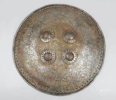"""Persien, Rundschild """"Sipar"""", 19. Jh., gewölbter Eisenschild mit vernieteter Randverstärkung und vier"""