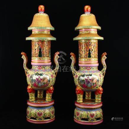 A Pair Gilt Gold Famille Rose Porcelain Incense Burner