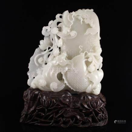 Superb Chinese Hetian Jade Statue - Fortune Fish