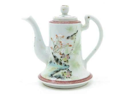 Republic period, fine Chinese polychrome porcelain