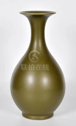 茶葉末釉玉壺春瓶