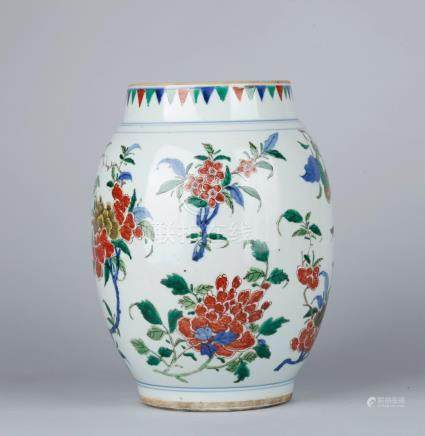 A FAMILLE VERT JAR, QING DYNASTY