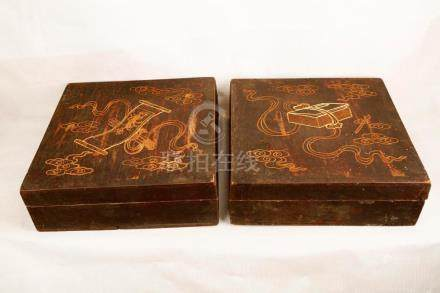 (2) A PAIR OF WOOD CARVED BOXES.M047.