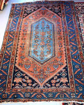 Tapis HAMADAN, Iran   Dimensions :  190 cm  x  126 cm