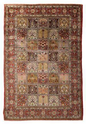 GHOUM en Soie (Perse), époque du Shah, milieu du 20e siècle Le champ de ce tapi