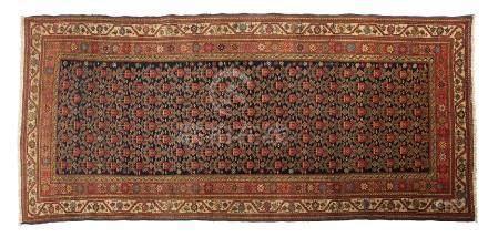 MELAYER (Perse), fin du 19e siècle Un champ anthracite à fleurettes étoilées, s