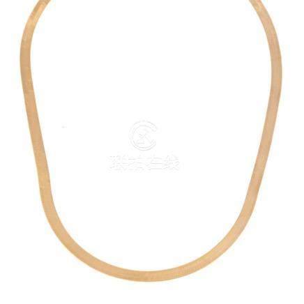 A Ladies 14K Gold Herringbone Necklace