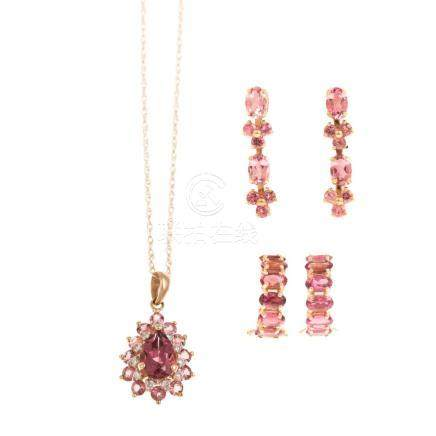 A Ladies 14K Gold and Gemstone Jewelry