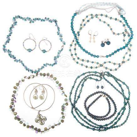 Five Ladies Honora Pearl Necklace & Earring Sets