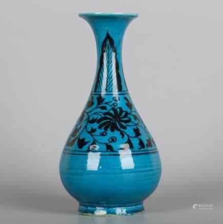 CHINESE PEACOCK BLUE GLAZE YUHUCHUN VASE