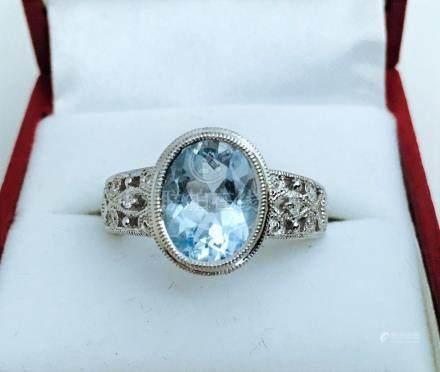 14k, 3.50ct Aquamarine and Diamond Ring
