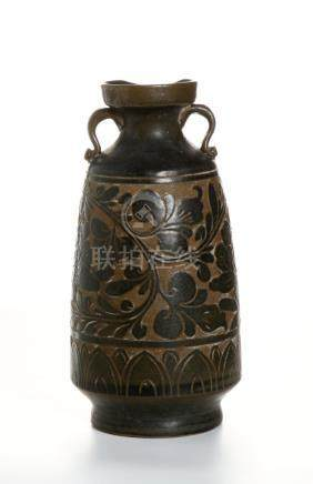Chinese Cizhou Type 'Sgraffiato' Black-Glazed Ewer