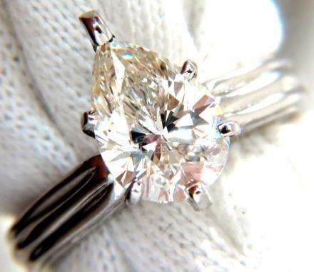New GIA 2.00ct. Pear Brilliant diamond ring I / Si-1