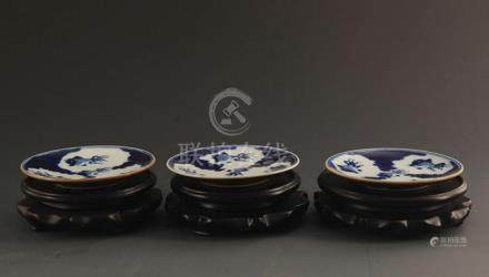 GROUP OF THREE SAUCE COLOR GLAZED PORCELAIN PLATE