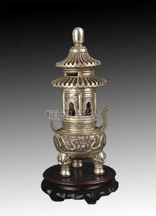 A FINE TOWER STYLE BRONZE AROMATHERAPY