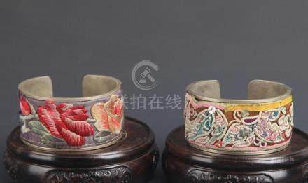 PAIR OF OLD EMBROIDER BANGLE