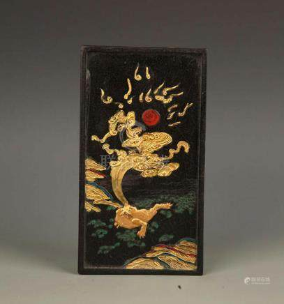 A FINE DRAGON PAINTED GILT STONE INK