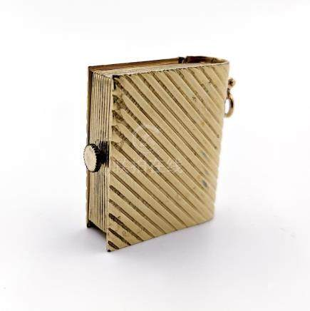 Fluted Book Pendant Watch