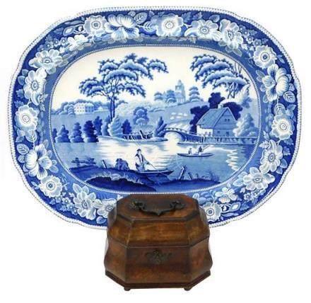 Mahogany veneer tea caddy, swing handle, oblong form with cu