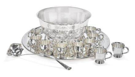 AN AMERICAN SILVER FOURTEEN-PIECE PUNCH SET WITHSILVER-PLAT
