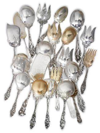 A GROUP OF AMERICAN SILVER SERVERS, CIRCA 1900 |