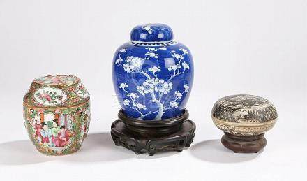 Chinese porcelain, to include a 19th Century Canton porcelai
