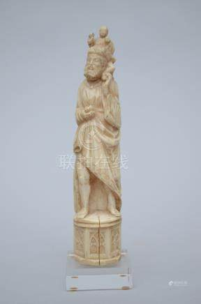 Sculpture in ivory 'holy Christopher' (*) (22cm)