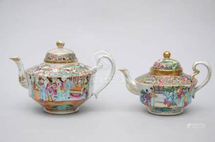 Lot: two large teapots in Canton porcelain (16cm)
