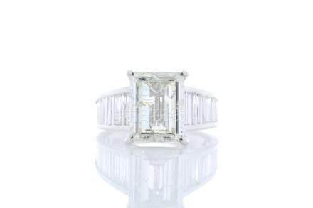 18ct White Gold Single Stone Prong Set With Stone Set Shoulders Diamond Ring 5.31