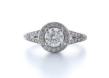 18ct White Gold Single Stone With Halo Setting Ring 1.01