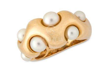 A cultured pearl ring, by Van Cleef & Arpels