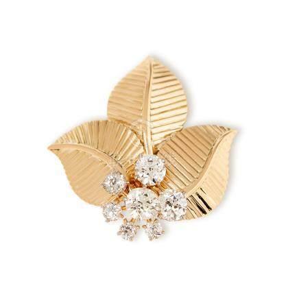 Cartier 18k Yellow Gold Diamond Vintage Leaf Design Brooch
