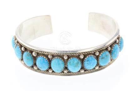JN Vintage Turquoise Round Row Bracelet