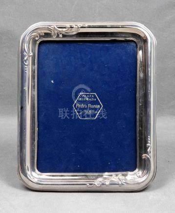 Portafotos en plata de la firma PEDRO DURÁN con decoración d