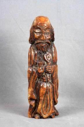 """ANÓNIMO. """"San Pedro"""". Figura en mármol tallado. Alt.: 38 cm."""