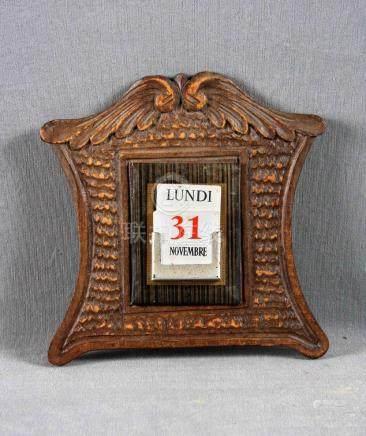 Calendario manual Art Decó, circa 1910, en madera noble con
