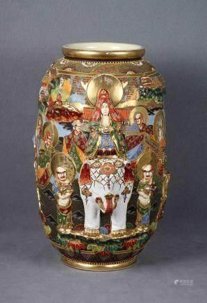 Gran jarrón japonés en porcelana SATSUMA policromada y dorad